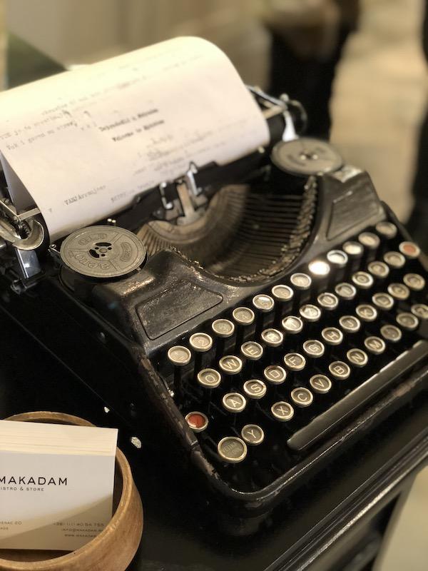 la décoration vintage du concept store Makadam