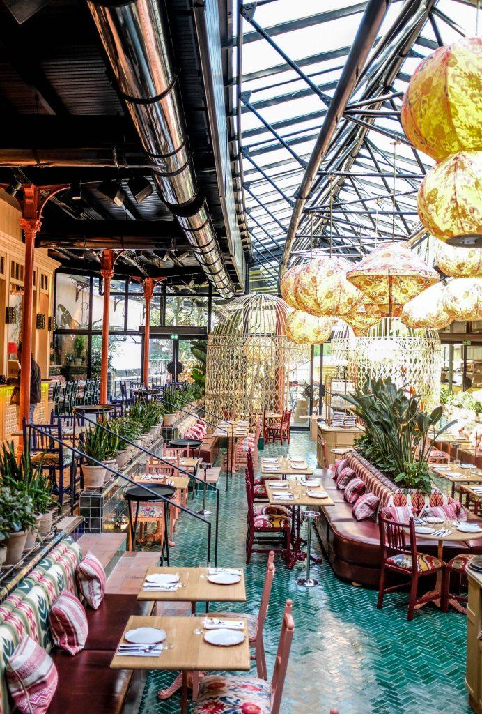 restaurant-la-gare-par-laura-gonzalez